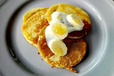Eierpfannkuchen mit Bananen